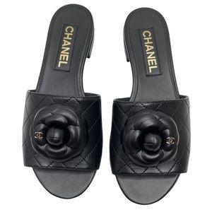 Chanel NIB 2021 Camellia Black Slide Flats Mule Sandals Flip Flop 37 EUR Size